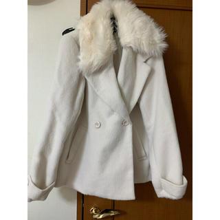 アベイル(Avail)の新品アベイル白コート(毛皮/ファーコート)