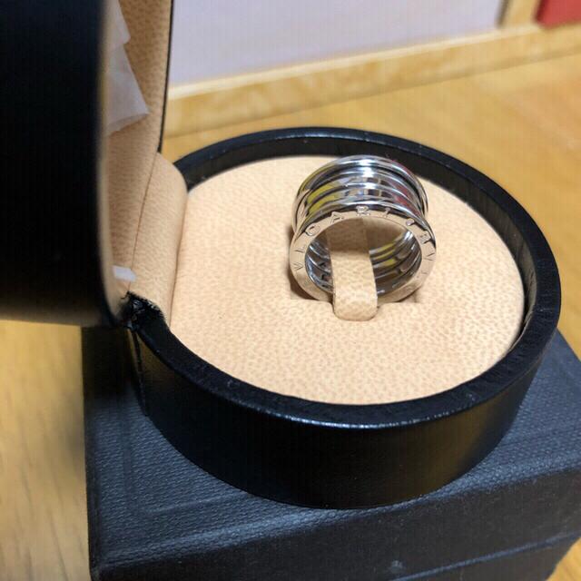 BVLGARI(ブルガリ)のブルガリ ビーゼロワン ★限定特価★ 4連リング 10号★即購入可★ レディースのアクセサリー(リング(指輪))の商品写真
