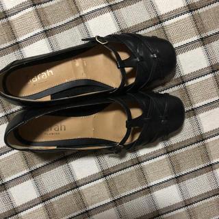 サヤ(SAYA)のローヒールパンプス(ローファー/革靴)