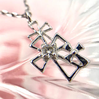 ☆K18WG ダイヤモンド クロス モチーフ ネックレス 40cm(ネックレス)