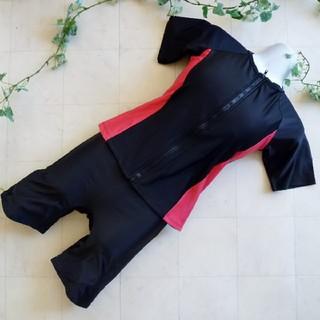 フィットネス水着⑥半袖《19LLサイズ》黒×ピンク*めくれ防止付き(水着)