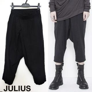 ユリウス(JULIUS)のJULIUS クロスドタックパンツ 1 クロッチ クロップド ブラック 2018(その他)