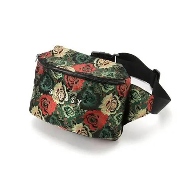 STUSSY(ステューシー)のstussywomen ウエストポーチ レディースのバッグ(ボディバッグ/ウエストポーチ)の商品写真