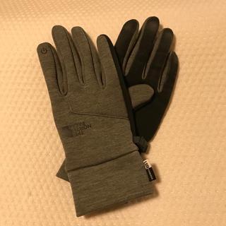 ザノースフェイス(THE NORTH FACE)のザ  ノースフェイス グローブ Ⓜ️ グレー(手袋)