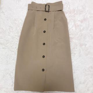 ハニーズ(HONEYS)のhoneys ベルト付き前ボタンタイトスカート ベージュ(ひざ丈スカート)
