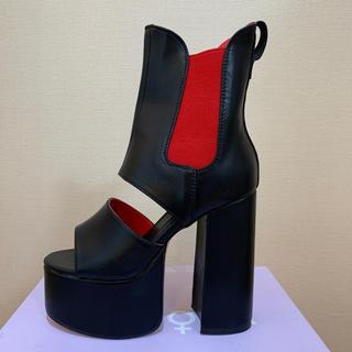 ヨースケ(YOSUKE)の【新品】LAMODA 超厚底 ベルクロ ブーツ サンダル 黒赤 V系 インポート(ブーツ)