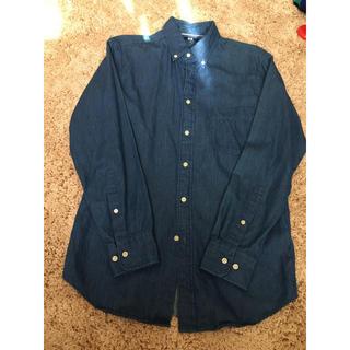 ユニクロ(UNIQLO)のデニムシャツ  Sサイズ(シャツ)