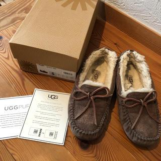 アグ(UGG)の値下げ UGG  DAKOTA ブラウン 22.0(スリッポン/モカシン)