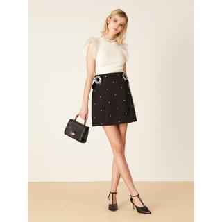 リリーブラウン(Lily Brown)のビジューバックル台形スカート(ミニスカート)