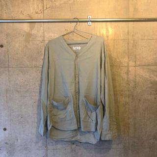 サンタモニカ(Santa Monica)のくすみグリーンドクターシャツ(シャツ/ブラウス(長袖/七分))