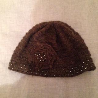 アンテプリマ(ANTEPRIMA)のアンテプリマ グレー🌸付きニット帽/ビーニー(ニット帽/ビーニー)
