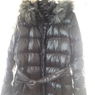 ユニクロ(UNIQLO)のUNIQLO ダウンコート ロング 光沢 黒 ブラック 美品 ダウンジャケット(ダウンコート)