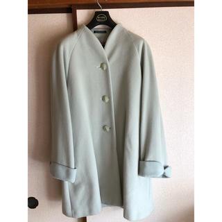 ミントグリーンのコート(ロングコート)