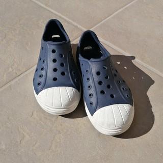 クロックス(crocs)のキッズクロックスシューズ(スニーカー)