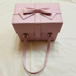 エミリーテンプルキュート(Emily Temple cute)の新品!エミリーテンプルキュート ♡ プレゼントボックスバッグ(ハンドバッグ)