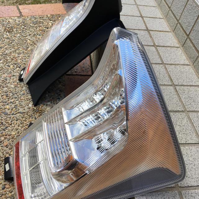 トヨタ(トヨタ)のプリウス 30前期テール 自動車/バイクの自動車(車外アクセサリ)の商品写真