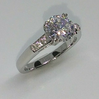 ハリーウィンストン(HARRY WINSTON)の最高級合成ダイヤモンド/トリストモチーフリング(リング(指輪))