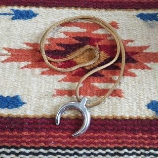 インディアン(Indian)のインディアンジュエリー ナバホ族 ナジャ naja シルバーネックレス 925(ネックレス)