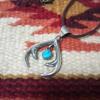 インディアン(Indian)のインディアンジュエリー ナバホ族 ターコイズ ナジャ シルバーネックレス 925(ネックレス)