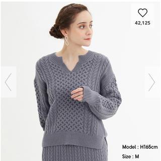 ジーユー(GU)のケーブルキーネックセーター (ニット/セーター)