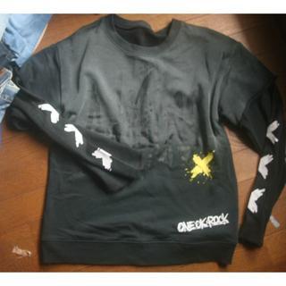 ワンオクロック(ONE OK ROCK)のone ok rock  L   スウェット   アミューズ(スウェット)