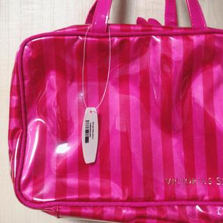 ヴィクトリアズシークレット(Victoria's Secret)の【新品】ヴィクトリアシークレット  旅行 バッグ トラベルポーチ (トートバッグ)