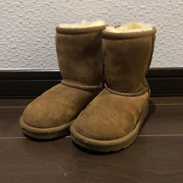 UGG(アグ)のUGG ブーツ キッズ/ベビー/マタニティのキッズ靴/シューズ (15cm~)(ブーツ)の商品写真