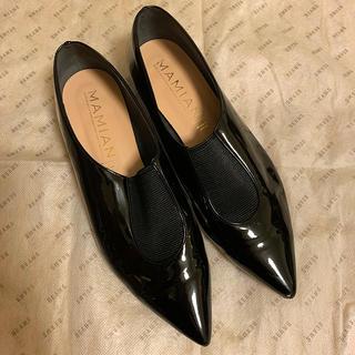 マミアン(MAMIAN)のMAMIAN センターゴアエナメルフラットシューズ(ローファー/革靴)