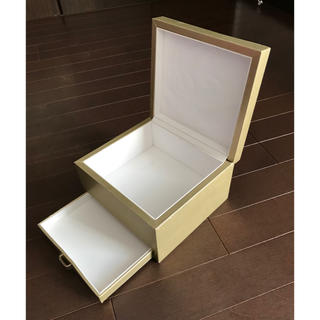 クリスチャンディオール(Christian Dior)のクリスチャンディオール 引き出し付きの化粧箱 送料無料(ショップ袋)