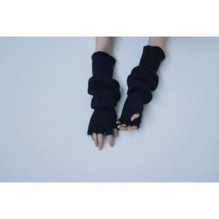 ビューティアンドユースユナイテッドアローズ(BEAUTY&YOUTH UNITED ARROWS)のTAN ニット グローブ 手袋 新品(手袋)