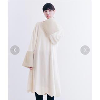 メルロー(merlot)の袖ファースカラップヘムワンピース(ロングワンピース/マキシワンピース)