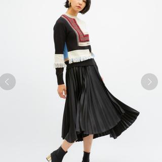 【美品】UNITED TOKYO サテンプリーツスカート!人気の黒(ロングスカート)