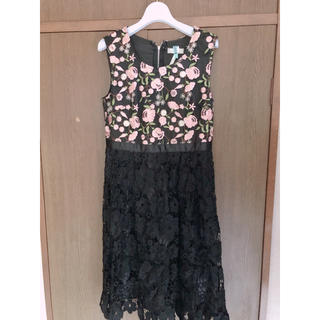 cherry Ann - 刺繍ワンピース