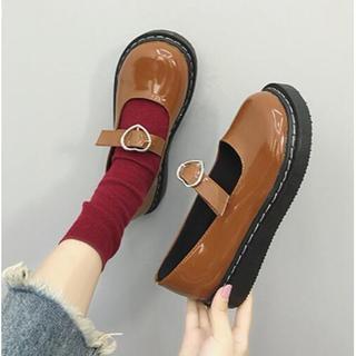 新作 原宿   レトロ  可愛い ハート柄 靴 ブーツ   ブラウン(ローファー/革靴)