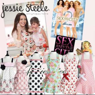 ジェシースティール(Jessie Steele)の「新品」Jessie Steele ジェシースティール エプロン👗6種類(お食事エプロン)