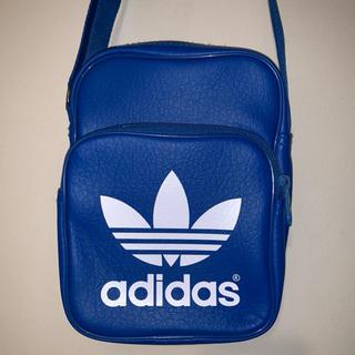 adidas(アディダス)ロゴショルダーバッグ