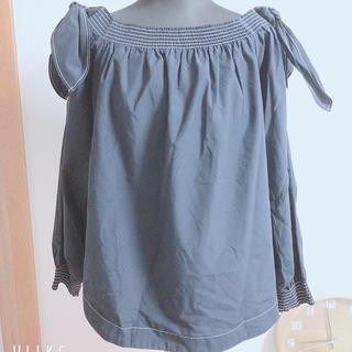 ジーユー(GU)のGU オフショル XL(シャツ/ブラウス(半袖/袖なし))