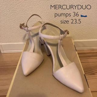 マーキュリーデュオ(MERCURYDUO)のMERCURYDUO Tストラップポインテッドトゥパンプス ホワイト(ハイヒール/パンプス)