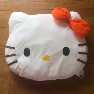 ハローキティ(ハローキティ)の【美品】ハローキティ デカ顔 クッション オレンジ(クッション)