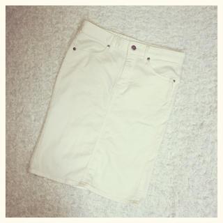 ジーユー(GU)のペンシルスカート(ひざ丈スカート)