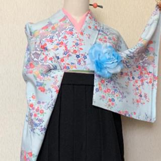 Lサイズ優しい印象の袴セット❤️卒業式など❤️水色お花柄小紋と桜刺繍袴(着物)