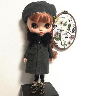 バックふんわりコート(ウール黒茶)セット(人形)