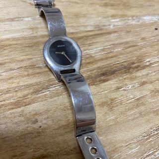 グッチ(Gucci)のGUCCI シルバー時計(腕時計)