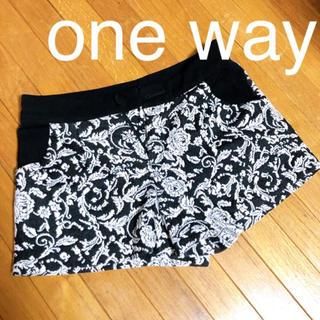 ワンウェイ(one*way)のone way♡薔薇柄ショーパン(ショートパンツ)