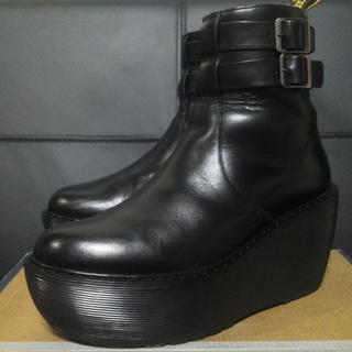 ドクターマーチン(Dr.Martens)の【激レア】Dr.Martens CAITLIN UK4 黒 厚底 ストラップ(ブーツ)