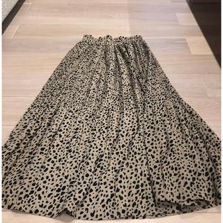シマムラ(しまむら)のけしプリーツダルメシアンスカート ベージュ×ブラック(ロングスカート)