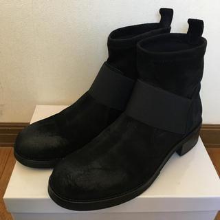 ローズバッド(ROSE BUD)のローズバッド  スウェードショートブーツ(ブーツ)