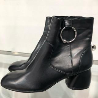 ベルシュカ(Bershka)の定価¥6,100 Bershka ショートブーツ ブーティ23cm(ブーツ)