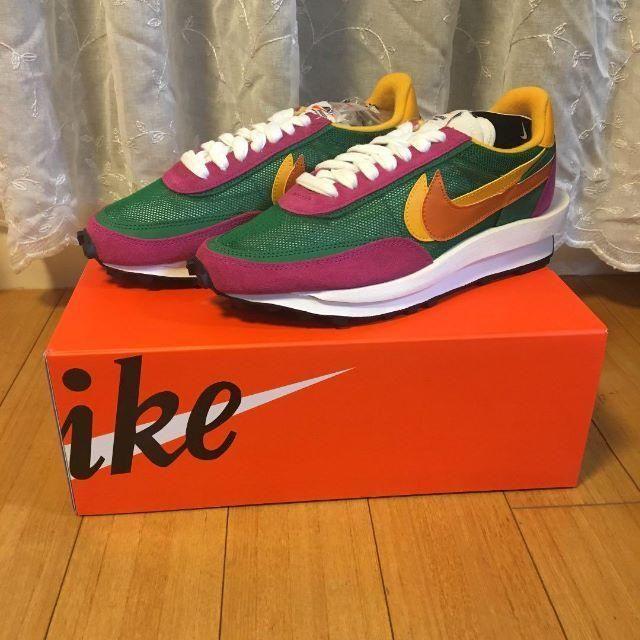 NIKE(ナイキ)のSACAI NIKE サカイ ナイキ パイングリーン 24.5cm 納品書付 レディースの靴/シューズ(スニーカー)の商品写真