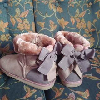 ★フェミニンカフェのあったかボアブーツ♪Lサイズ かかとのリボンがキュート!(ブーツ)